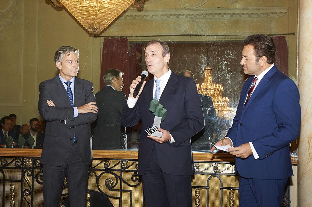 URBASER, Premio AEDIVE Santiago Losada 2017 a la Innovación en Movilidad Eléctrica por Urbaelectric