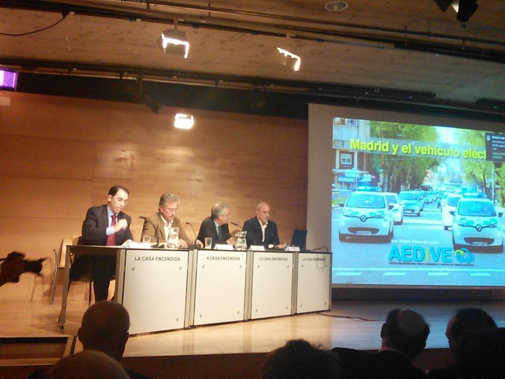 AEDIVE: Los retos del vehículo eléctrico