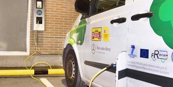 AEDIVE colabora con Pascual en el impulso al vehículo eléctrico en flotas