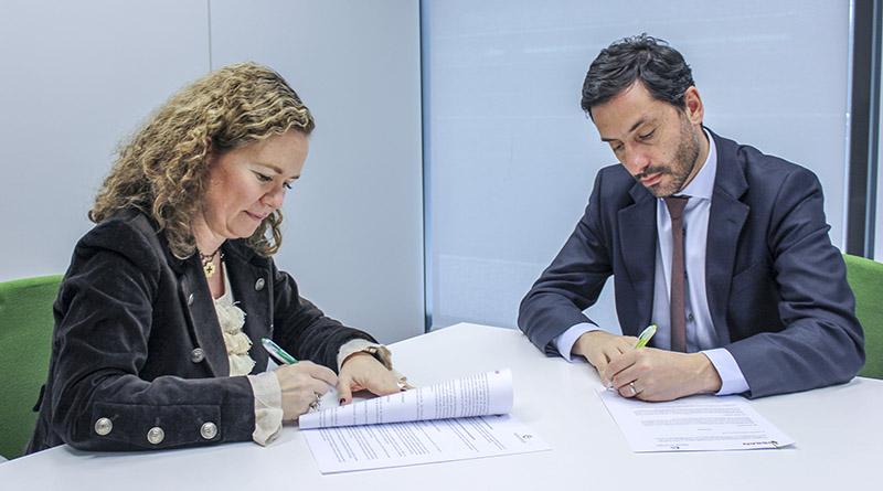 Feníe Energía y Nissan firman un acuerdo para la instalación de puntos de recarga y autoconsumo con almacenamiento