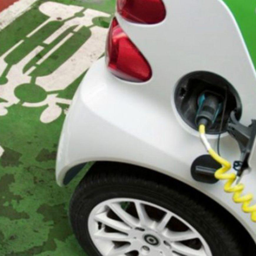 Las matriculaciones de vehículos cero emisiones superan en 2018 la cifra de 15.000 unidades hasta octubre