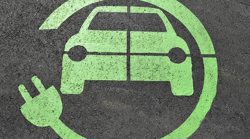 En España se matricula el doble de turismos eléctricos  que en el año 2018