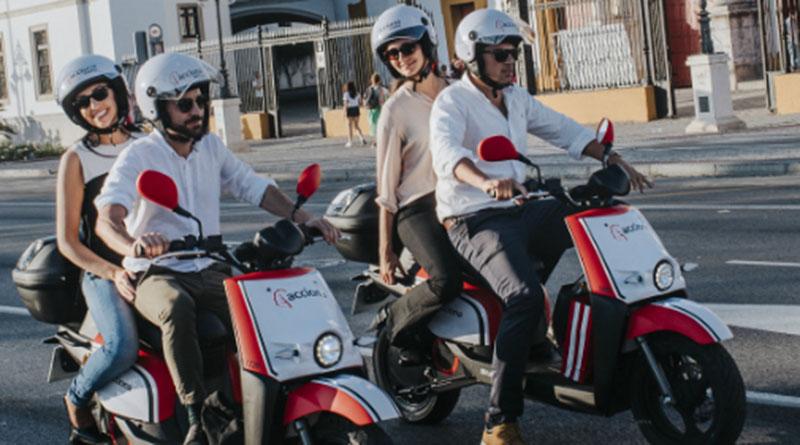 ACCIONA despliega su servicio de motos eléctricas compartidas en Sevilla