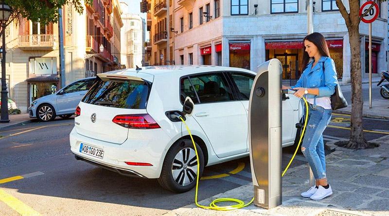 Las matriculaciones de eléctricos deberán aumentar un 54% en 2019 para cumplir con los objetivos de Transición Ecológica