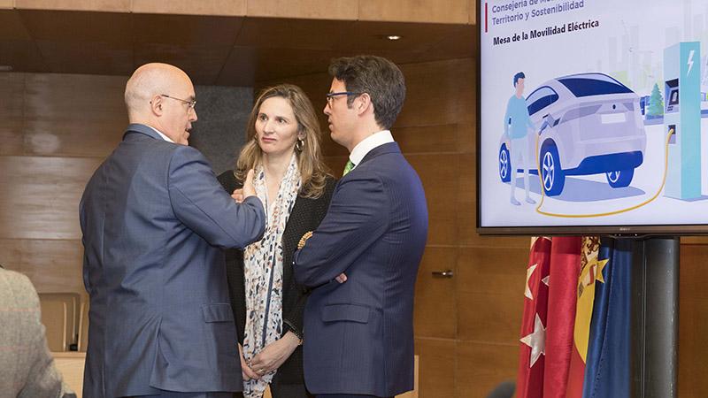Mesa fomento de la movilidad eléctrica Comunidad de Madrid_AEDIVE
