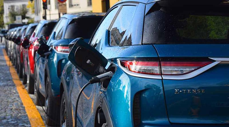 El efecto Moves impulsa un 160% las  compras de eléctricos por parte de los particulares en julio