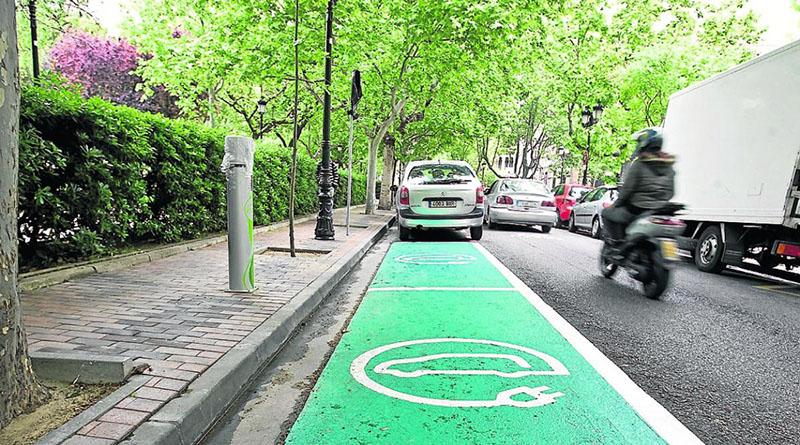Los operadores de carga de vehículo eléctrico desplegarán 100.000 puntos de recarga en 4 años si se eliminan las trabas administrativas
