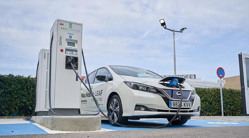 Nissan e Easycharger hacen realidad los viajes en vehículo eléctrico por Cataluña