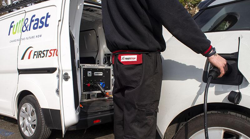 First Stop se alía con Full&Fast para incorporar a sus servicios de recarga de vehículo eléctrico sistemas de recarga móvil 100% sostenibles