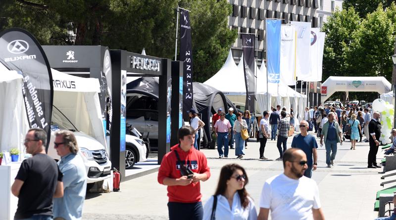 Las grandes marcas de coches expondrán sus nuevos modelos eléctricos en VEM2021 de la Plaza de Colón