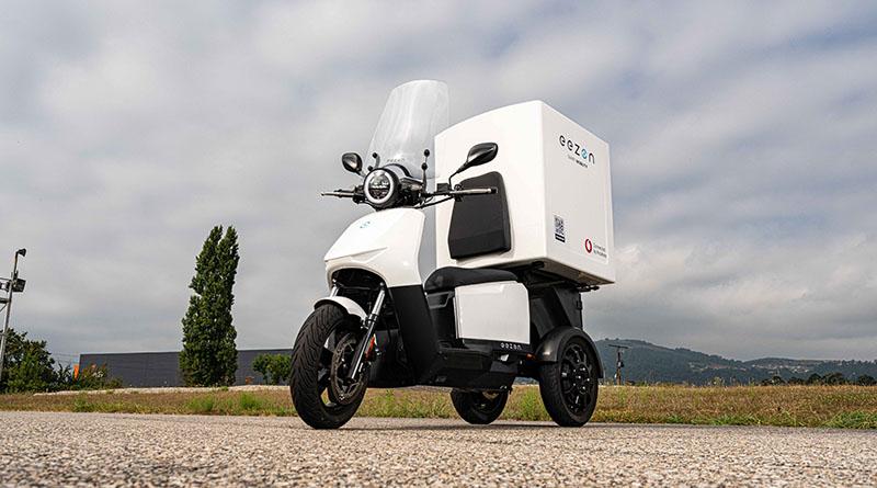 El vehículo eléctrico de tres ruedas eezon se presentará al público nacional en VEM2021