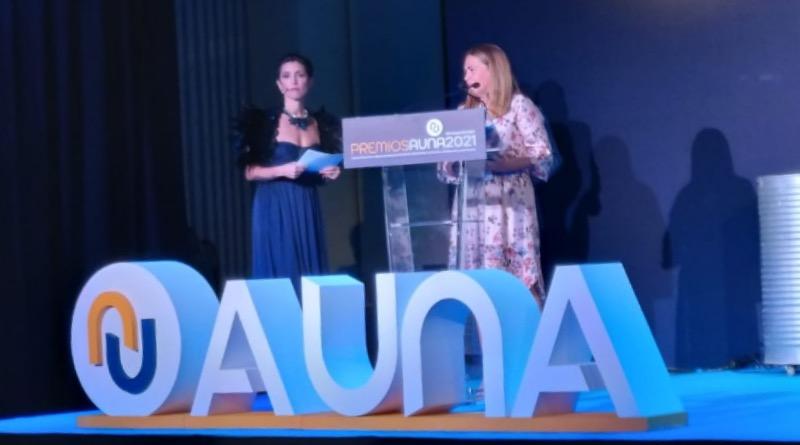 """El cargador de pared Terra AC de ABB se hace con el galardón a """"Producto Más Innovador"""" en los Premios AUNA 2021"""